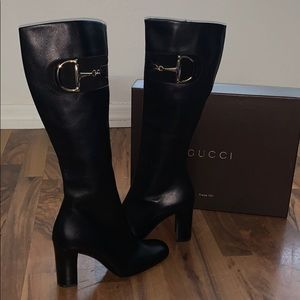 Gucci boots (black leather 217204 37 C)